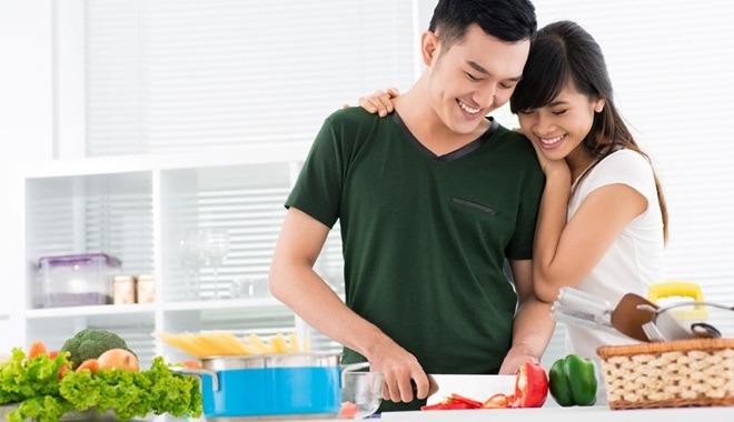 Nấu cho vợ một bữa ăn ngon vào ngày sinh nhật