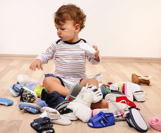 Giày thể thao cho bé trai 6 tuổi