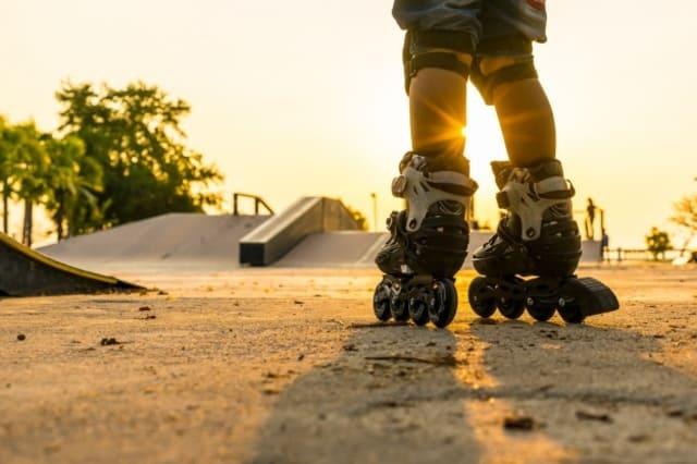 Giày trượt patin cho bé trai 6 tuổi