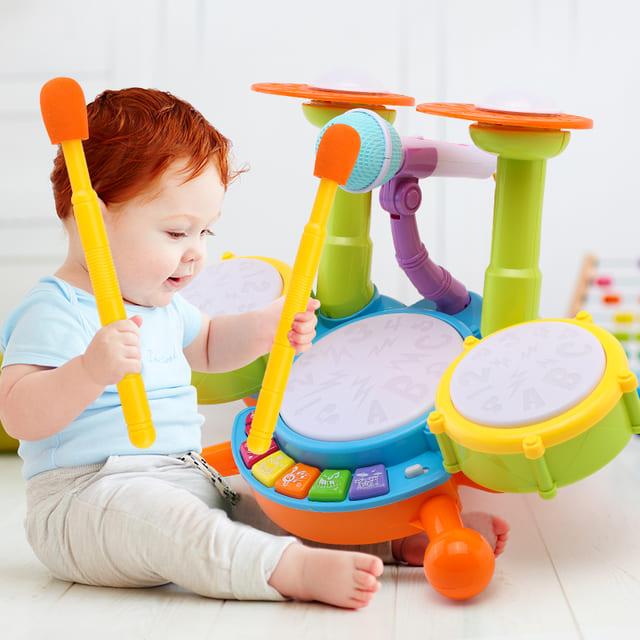 Kệ chơi nhạc cho bé trai từ 1 đến 3 tuổi