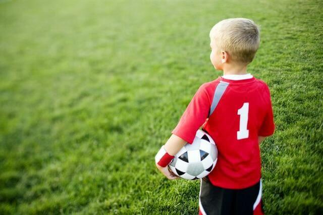 Quả bóng nhỏ cho bé trai từ 3 đến 5 tuổi