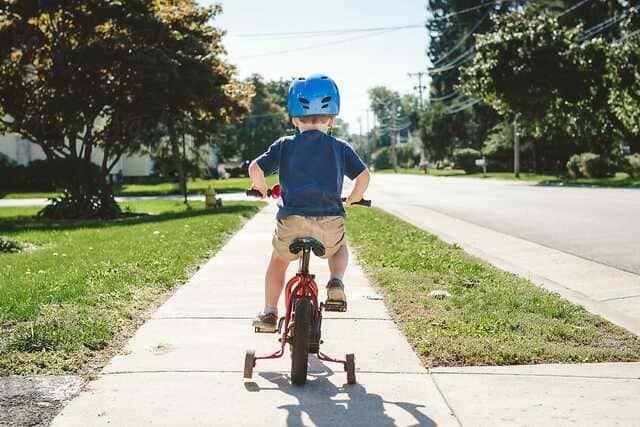 Xe đạp 3 bánh cho bé trai từ 3 đến 5 tuổi