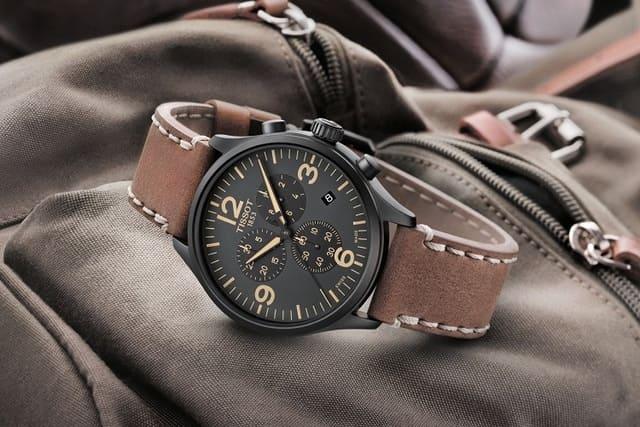 Đồng hồ là một món quà sinh nhật ý nghĩa cho bố