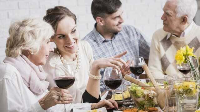 Một bữa ăn tối đơn giản với mẹ chồng