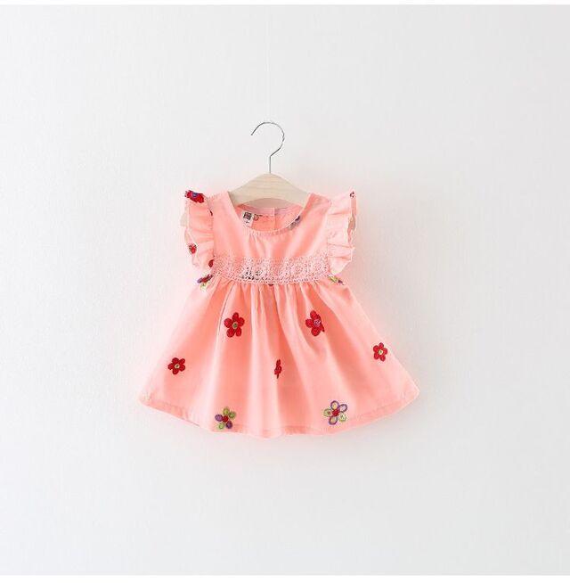 Quần áo cho bé gái 4 tuổi