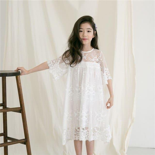 Váy trắng cho bé gái 9 tuổi