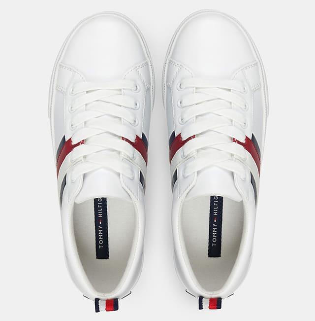 Mặt trên Bold Tripe Sneaker Tommy Hilfiger