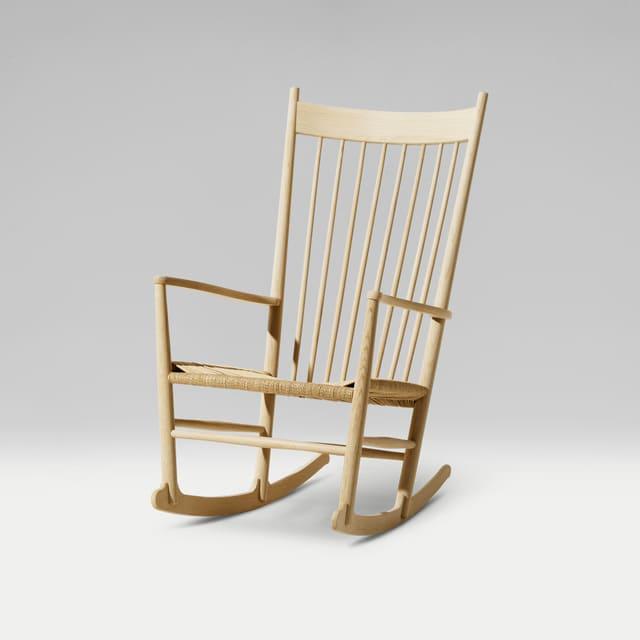 Mẫu ghế bập bênh gỗ ASH thoải mái