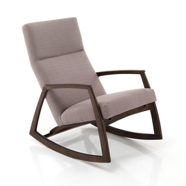Mẫu ghế bập bênh khung gỗ sang trọng