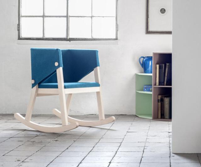 ghế độc sách xinh xắn từ vải cotton và khung gỗ