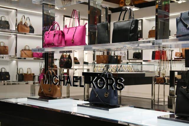 Túi xách Michael Kors