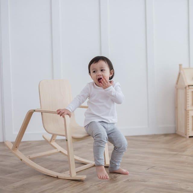 ghế bập bênh cho bé